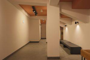 2階ホワイエ